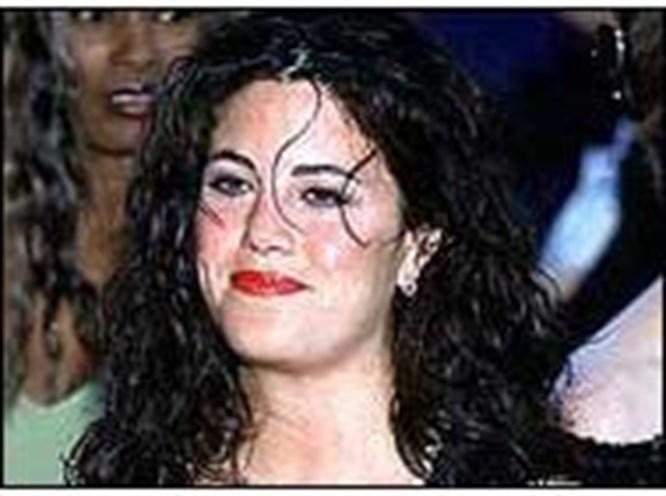 Monica 125 kilo oldu